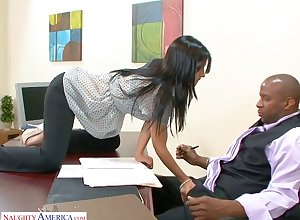 BBC enjoys shacking up impenetrable depths throat together with muddy cunt be useful to Spanish copier Rebeca Linares