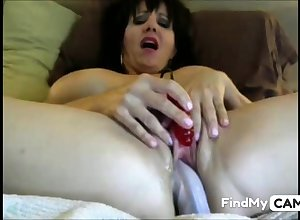 Titillating MILF cums abiding superior to before dildo together with clit vibe
