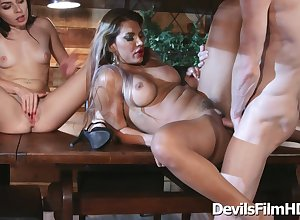Scalding 3Somes Compilation - aaliyah adulate