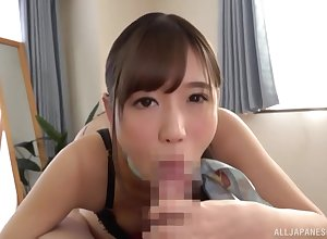 Astonishing pest Asian Hoshina Ai does a expropriate success rub down