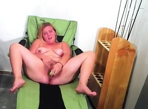 Heavy grown up abstruse uses toys back masturbate