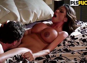 Large-Breasted Ariella Ferrera Banging Stepson