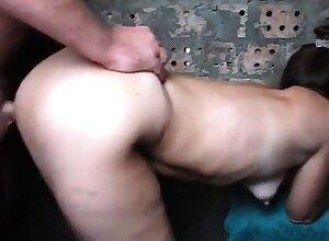 Seks s chuzhoy zhenoy na stroyke